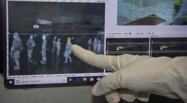 İngilterede üçüncü koronavirüs vakası