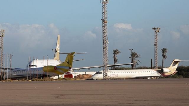 Hafter güçleri bir kez daha Mitiga Havalimanı'nı hedef aldı