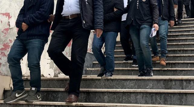 95 kişiyi 2 milyon lira dolandıran çete çökertildi