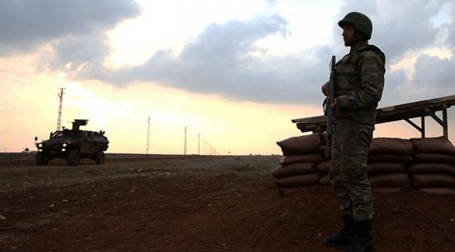 PKK/YPGli 5 terörist teslim oldu