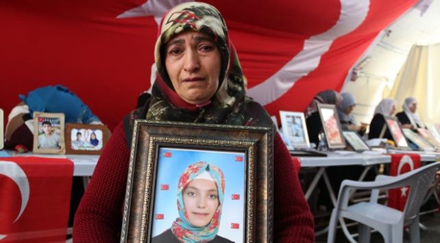 Diyarbakır annesi: Gitmiyorum kızımı istiyorum
