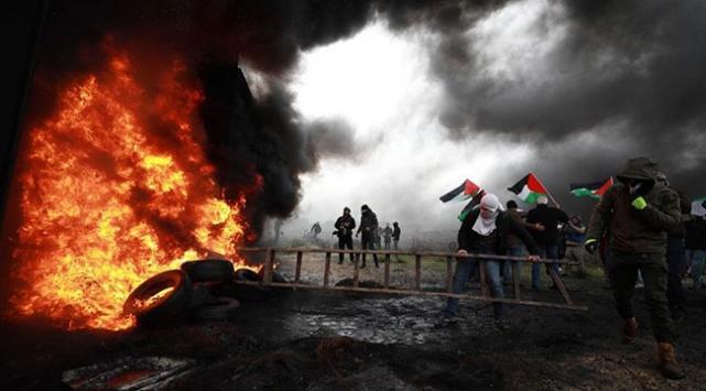 İsrail askerlerinin şehit ettiği Filistinli toprağa verildi