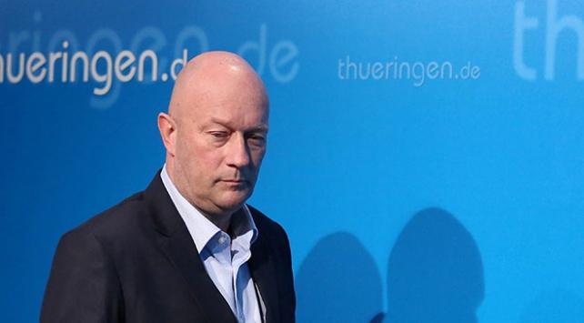 Almanyada Thüringen eyaleti Başbakanı Kemmerich istifa etti