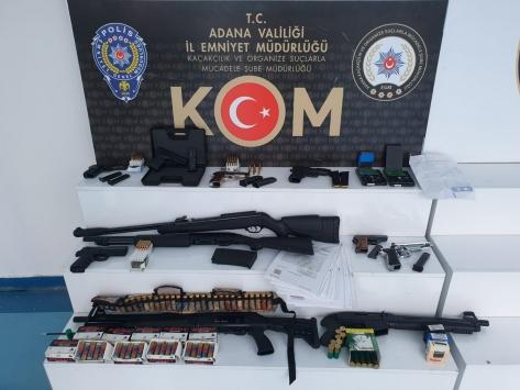 Adana merkezli ihaleye fesat karıştırma operasyonunda yakalanan zanlıların tehditle para aldığı iddiası