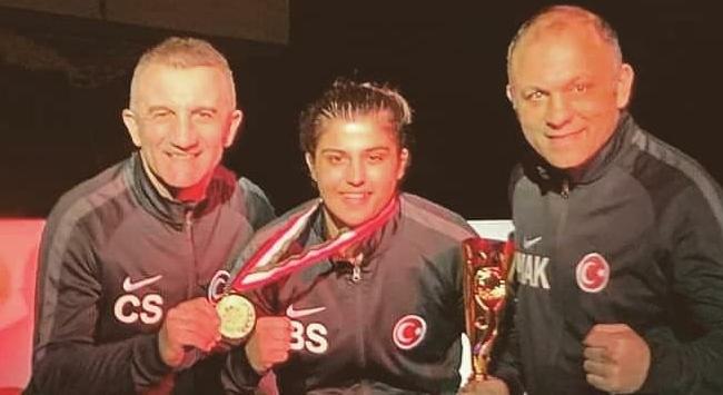 Milli boksörlerden bir altın 2 bronz madalya