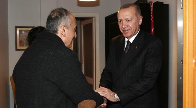 Cumhurbaşkanı Erdoğan, AK Parti İstanbul Milletvekili Esayanı evinde ziyaret etti