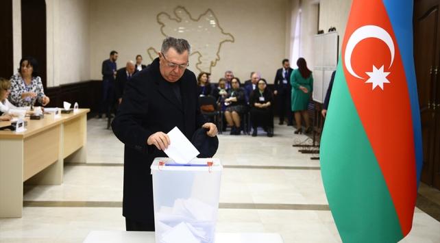 Türkiyeden Azerbaycana ve Cumhurbaşkanı Aliyeve tebrik