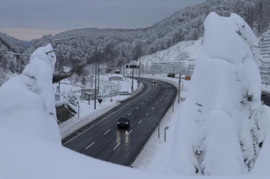 Bolu Dağında kar etkisini kaybetti