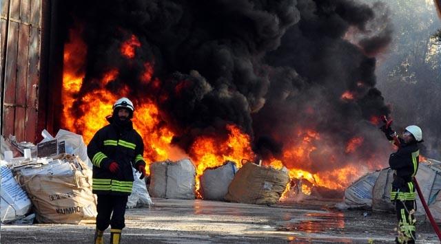 Edirnenin Keşan ilçesindeki yangın hasara neden oldu