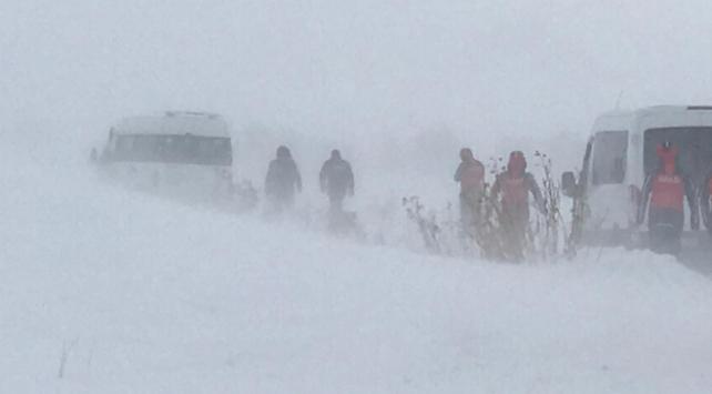 Kar ve tipi kurtarma çalışmalarını engelliyor