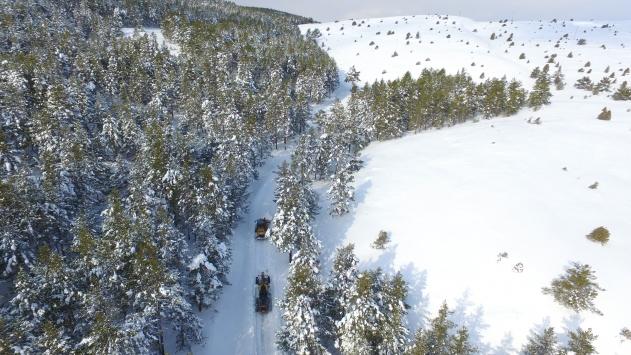 Beyaza bürünen Dumanlı Tabiat Parkında kartpostallık görüntüler oluştu