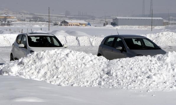 Ardahan Gölede hava sıcaklığı sıfırın altında 40 dereceye düştü
