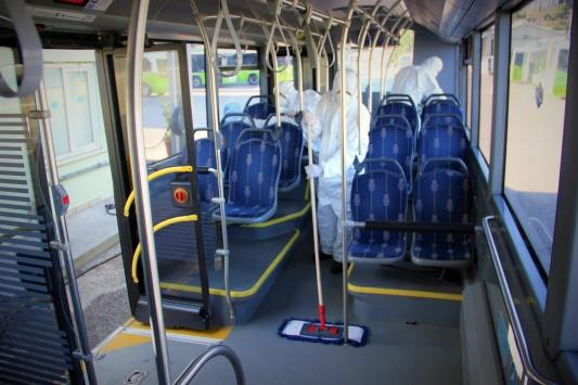 Kocaelide toplu taşıma araçları koronavirüse karşı dezenfekte ediliyor