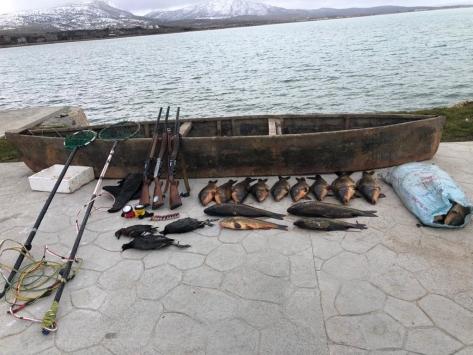 Beyşehir Gölünde elektroşokla balık avlayanlara 420 bin lira ceza kesildi