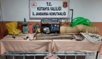 Kütahya'da 4 şüpheli kaçak kazı yaparken yakalandı