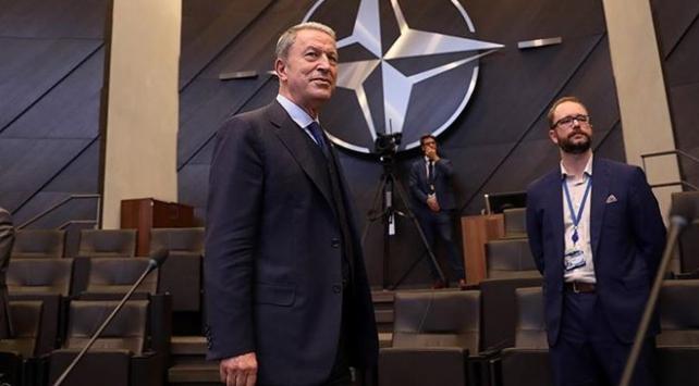 Bakar Akar NATO toplantısı için Brüksele gidecek