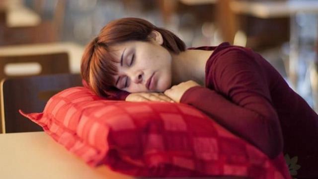Uyku düzensizliği kilo aldırır mı?