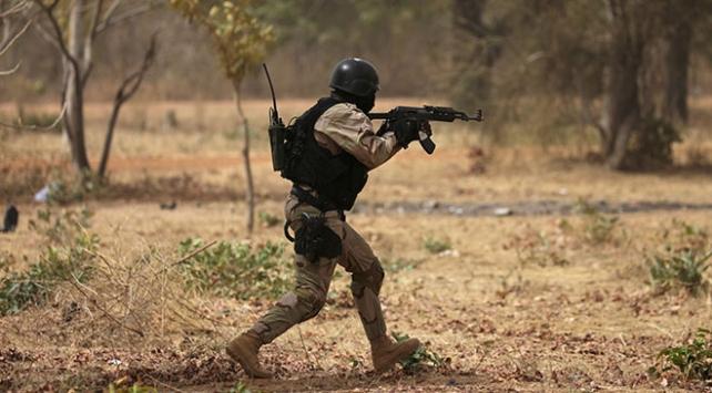 Burkina Fasoda 14 terörist etkisiz hale getirildi
