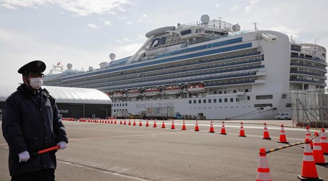 Japonyadaki karantina gemisinde vaka sayısı 175e yükseldi