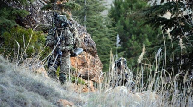 MSB: PKK/YPGli 3 terörist daha teslim oldu