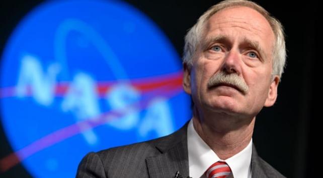 NASAnın eski insanlı uzay seferleri yöneticisi SpaceXe transfer oldu