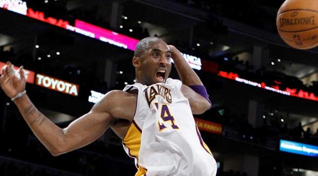Kobe Bryant ve kızı Giana gizli bir törenle defnedildi