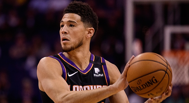 NBA All-Starda Lillardın yerine Booker yer alacak