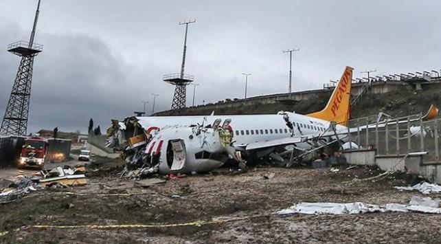 Pistten çıkan uçağın yardımcı pilotu: Kule inmeyin demedi