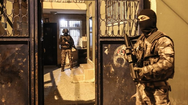 Vanda terör örgütü PKKya operasyon: 47 gözaltı