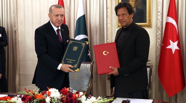 Türkiye ve Pakistandan 13 alanda iş birliği