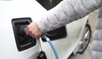 """""""Elektrikli araçlar yenilenebilir enerji ile 8 milyar dolar tasarruf sağlayacak"""""""