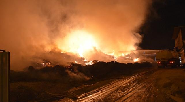 Adanadaki fabrika yangını 3 gündür söndürülemiyor