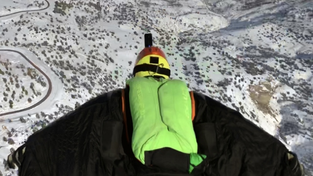 Ergan Dağı'nda 'yarasa adam uçuşu' nefesleri kesti