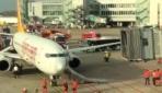 Düsseldorfta uçakta yangın paniği