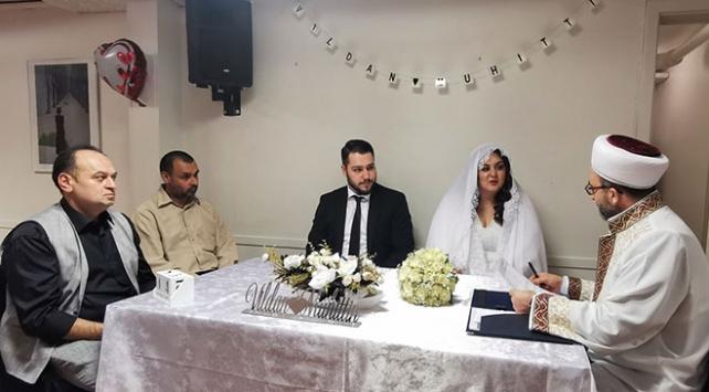 Danimarkada Türk imamlar resmi nikah kıymaya başladı