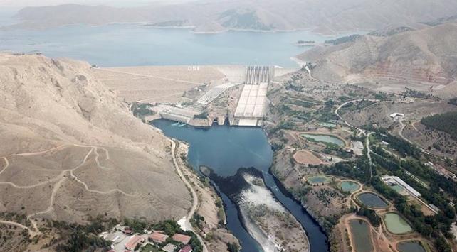 3 büyük barajda enerji üretimi yüzde 106 arttı