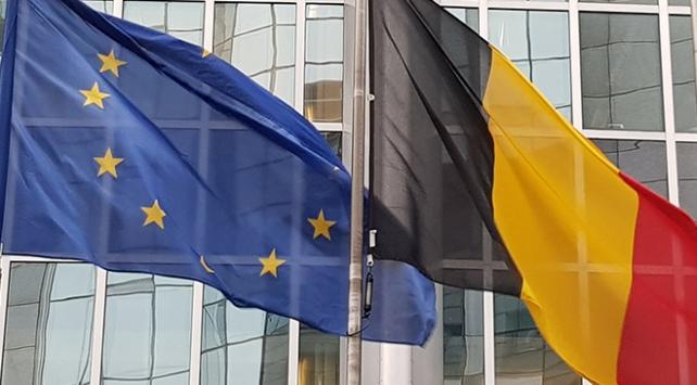 Belçikada hükümet krizi ülke krizine dönüşüyor