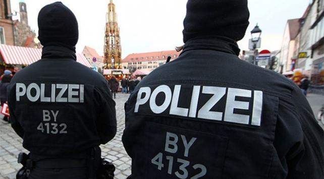Almanyada aşırı sağın Müslümanlar üzerinden iç savaş hesapları deşifre oldu