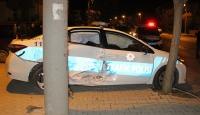 Karaman'da otomobil polis aracına çarptı: 4 yaralı