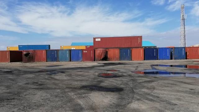 Darbeci Hafter'in vurduğu Trablus Limanı'nı TRT Haber görüntüledi