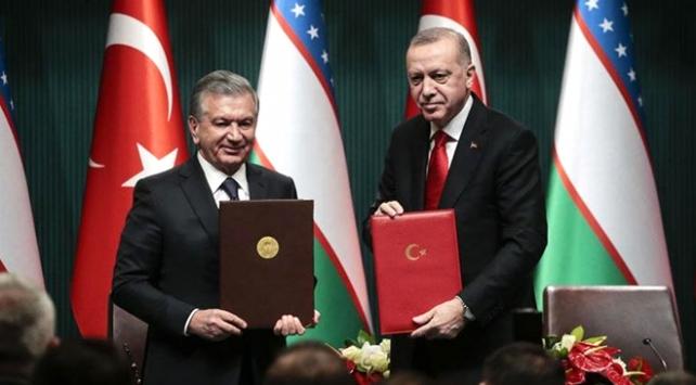 Özbekistan Cumhurbaşkanı: Türkiye ile tarihe yeni sayfalar yazacağız