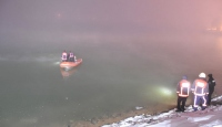 Malatya'da gölete düşen otomobilden 3 kişi kurtarıldı