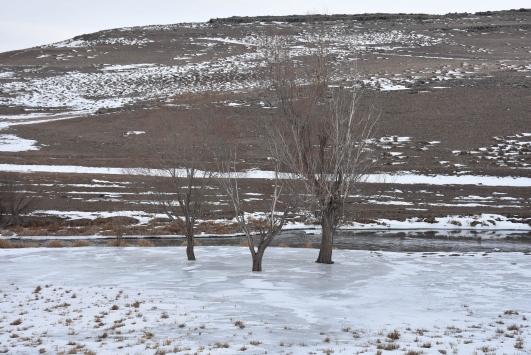 Doğu Anadoluda kar yağışı hayatı olumsuz etkiliyor