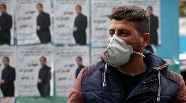 İranda seçimler koronavirüs vakalarının gölgesinde geçiyor