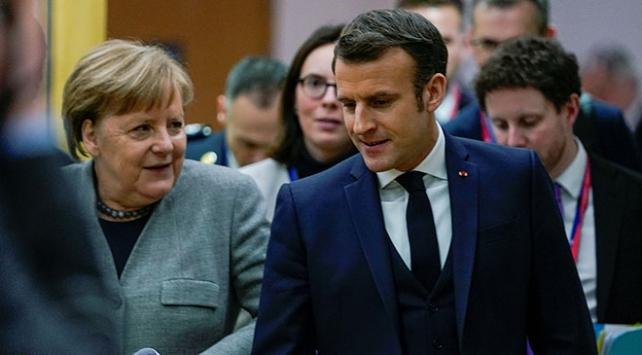 Macron ve Merkel, Rusya ve Esed rejiminden İdlibde ateşkes istedi