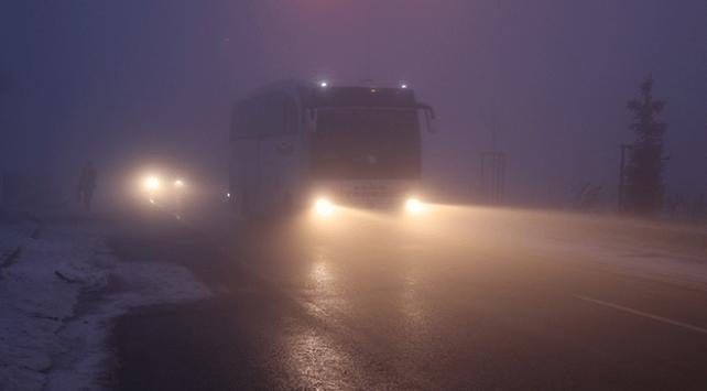 Ağrı-İran ve Ağrı-Erzurum kara yollarında yoğun sis etkili oluyor