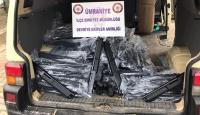 Ümraniye'de bir araçta 314 av tüfeği ele geçirildi