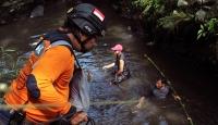 Endonezya'da sel: 6 ölü, 5 kayıp