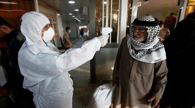 İrandan dönen Iraklılara koronavirüs karantinası