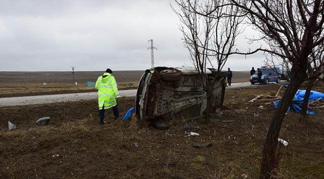 İsveçten Konyaya cenaze için gelen çift kaza yaptı: 1 ölü, 1 yaralı